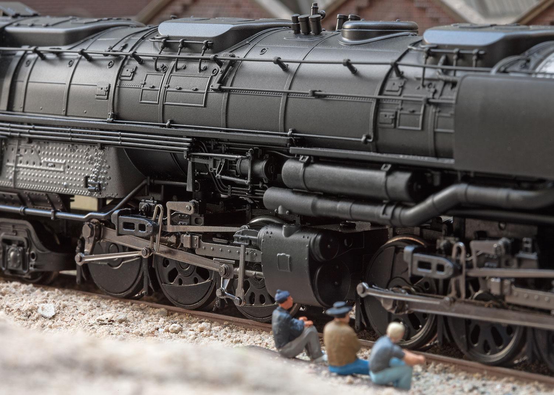 American Freight Steam Locomotive with an Oil Tender | Märklin