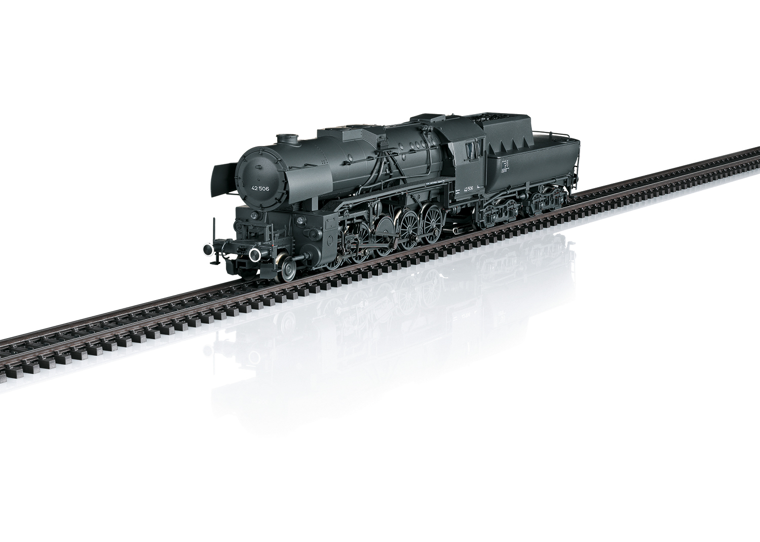 Class 42 Heavy Steam Freight Locomotive with a Tub-Style Tender