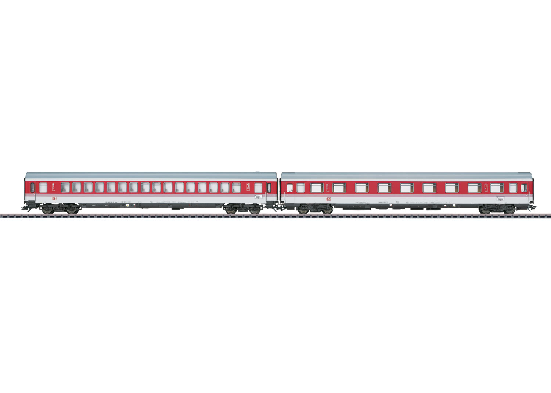 EC Tiziano: Express Train Passenger Car Set.