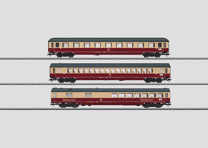 IC Express Train Passenger Car Set.