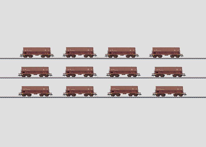 """""""Minéraliers"""" Display with 12 Ore Cars."""