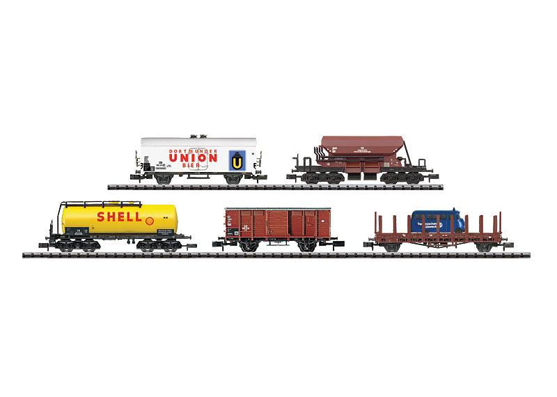 Wagen-Display mit 20 Güterwagen.