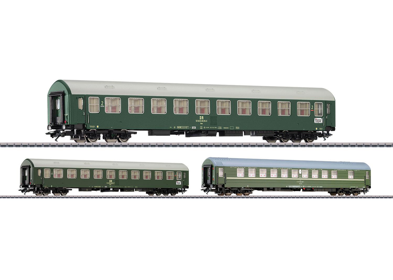 Inter-Zone Express Train Passenger Car Set