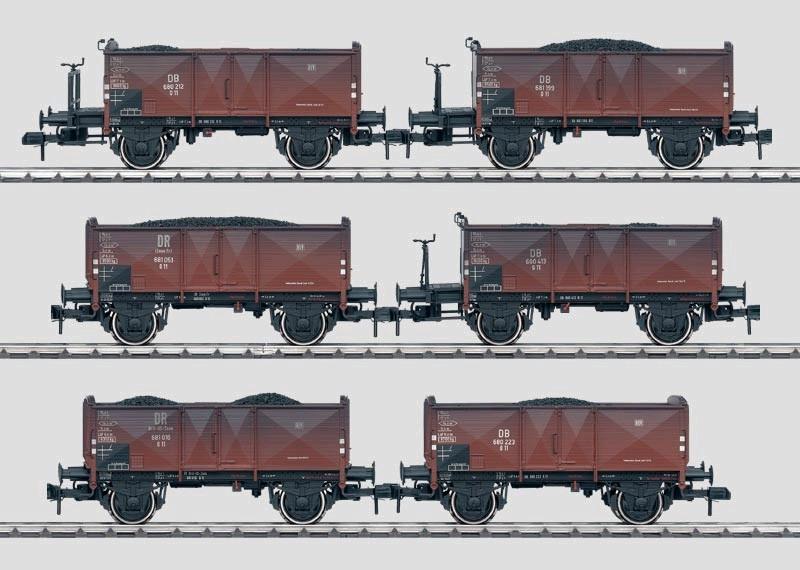 Wagen-Set - 6 offene Güterwagen.