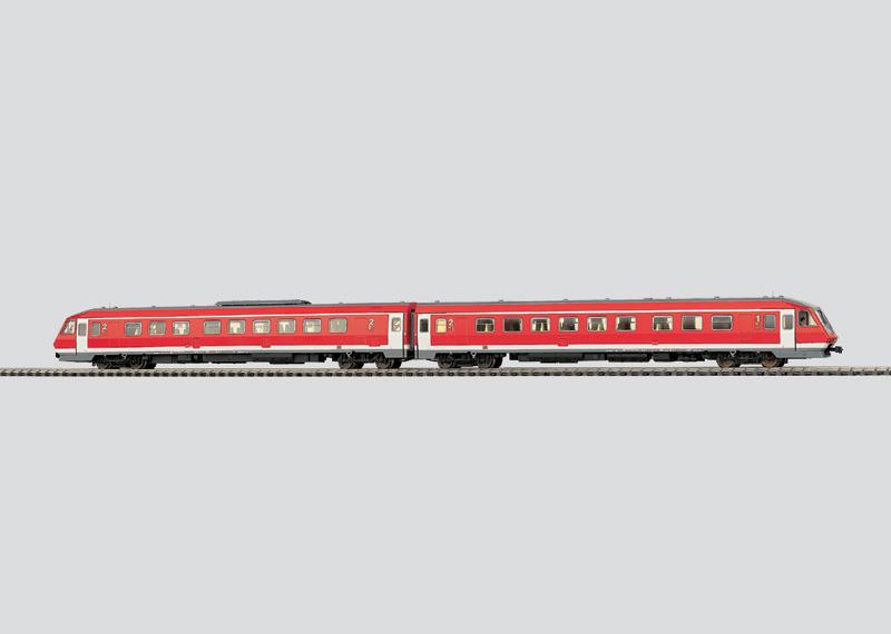 Diesel-Triebwagen-Zug