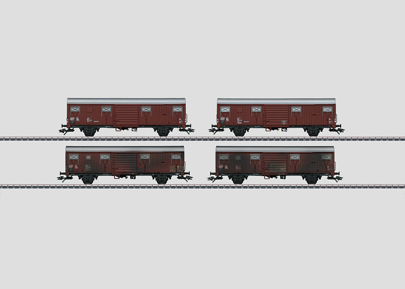 """Sheet Piling Wall Cars"" Display with 20 Freight Cars."
