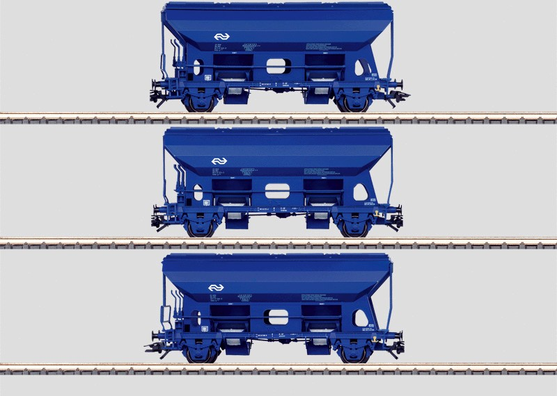 Set - 3 Dump Cars with Hinged Roof Hatches.