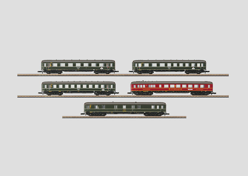 """Berlin - Hamburg"" Set with 5 Express Train Passenger Cars."