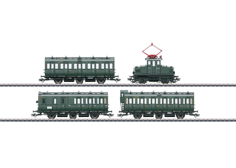 Personenzug mit E 69 und Abteilwagen