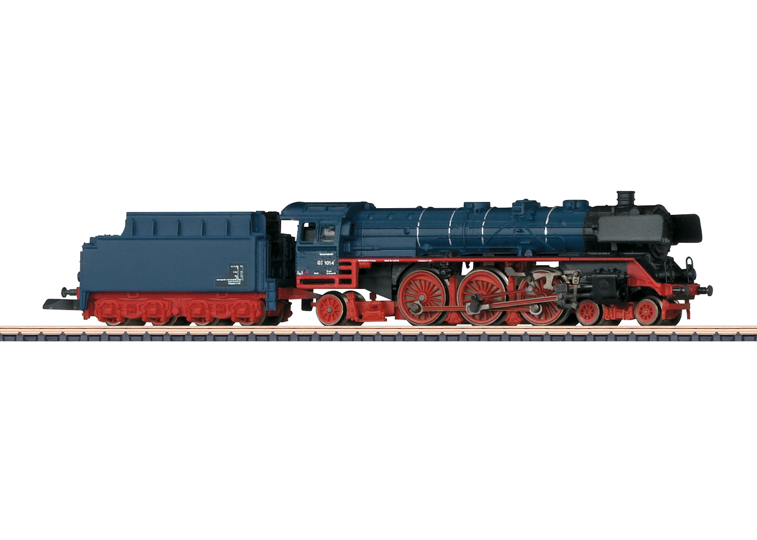 Class 03.10 Express Locomotive with a Tender