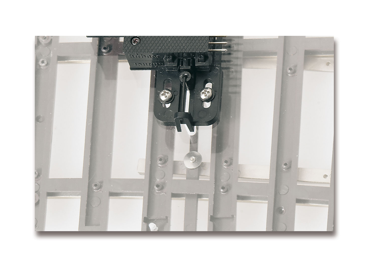 Conversion Set for Below-Baseboard Mechanism