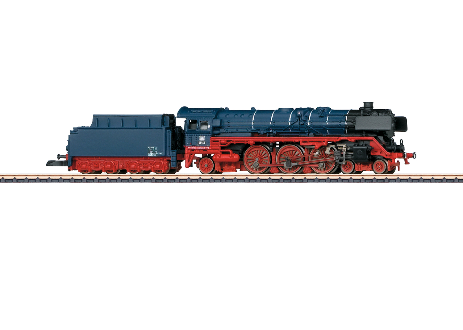 Class 01 DB Steam Locomotive with a Tender