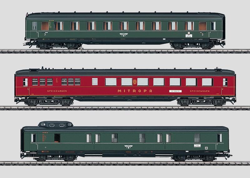 """Schnellzugwagen-Set """"Berlin-Hamburg""""."""