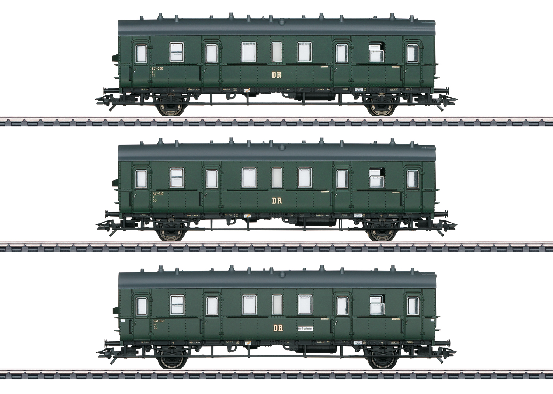 Passenger Car Set for the Class 75