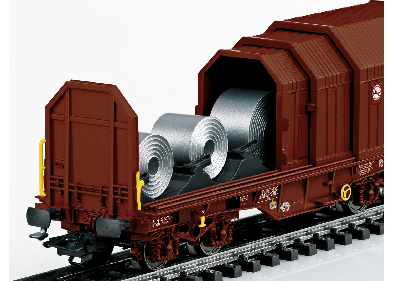 """Telescoping Covers Car"" Freight Car Set"