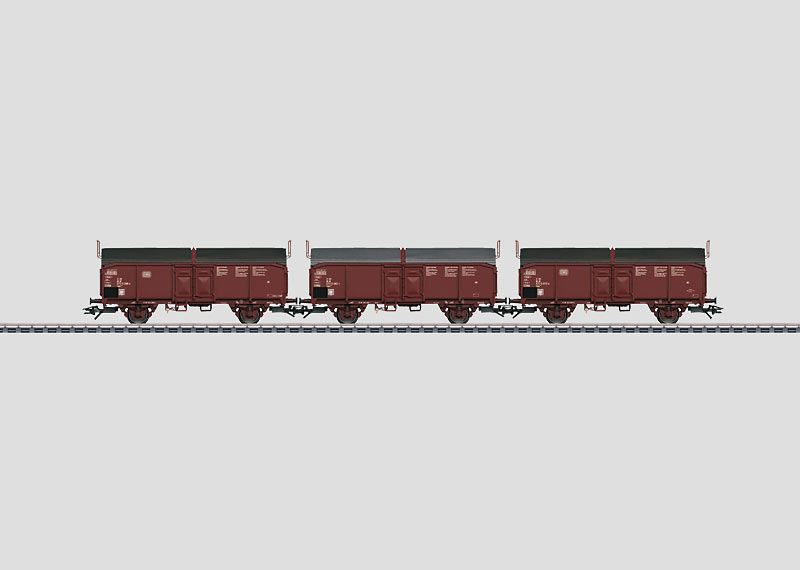 Set with 3 Type Tcms 850 Sliding Roof Cars.