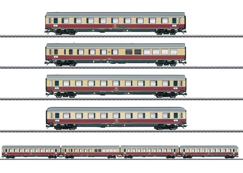 """TEE """"Helvetia"""" Express Train Passenger Car Set."""