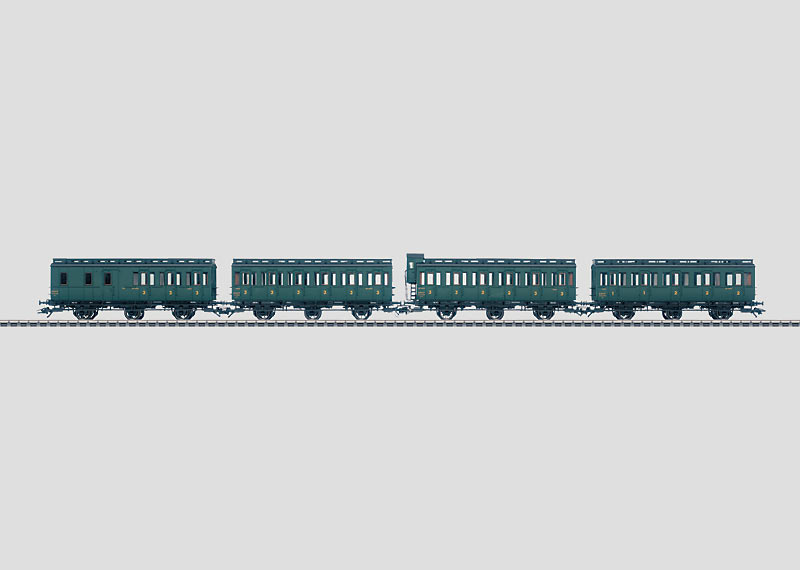 Set with 4 Compartment Cars.