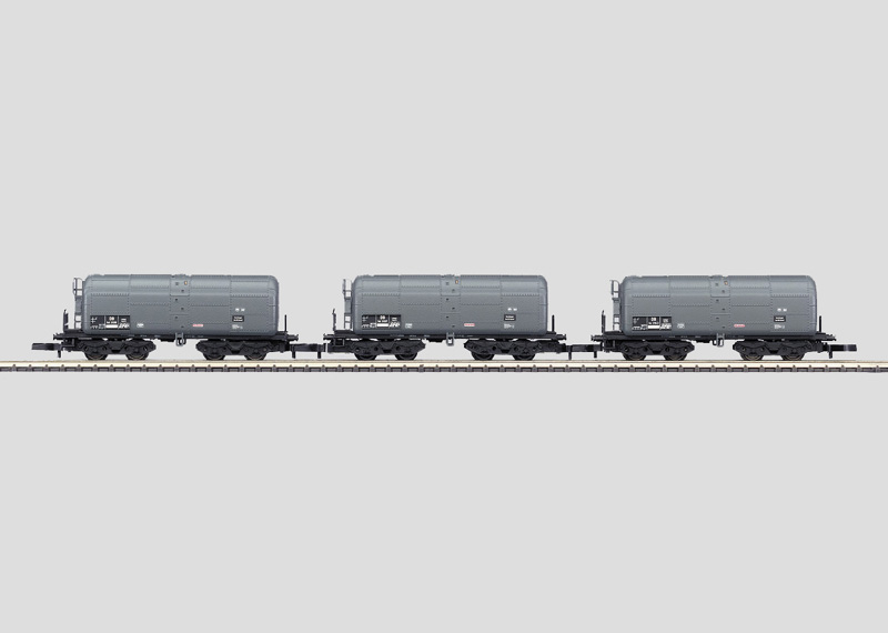 Set with 3 Tank Cars.