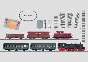 Mega-Digital-Startpackung 230 Volt mit 2 Zügen. Personenzug und Güterzug mit großer Gleisanlage, Transformator und Central Station.
