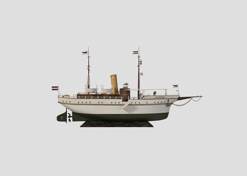 """""""Jolanda"""" Propeller-Driven Steam Ship."""