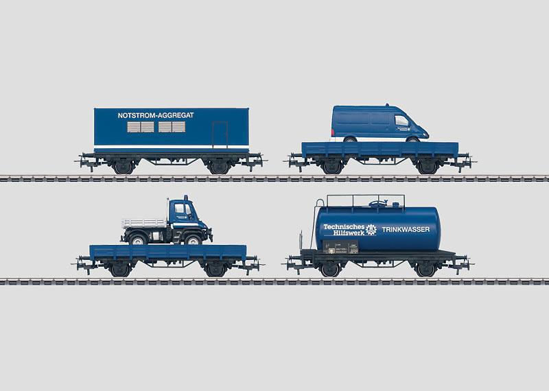 """Set mit 24 Güterwagen im Display """"THW""""."""