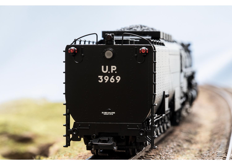 Class 3900 Steam Locomotive | Märklin