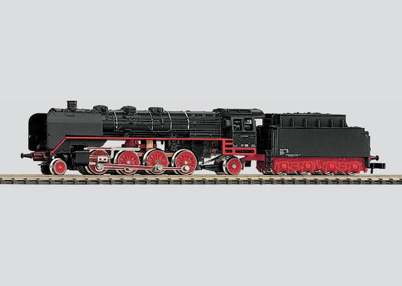 Güterzuglokomotive mit Schlepptender