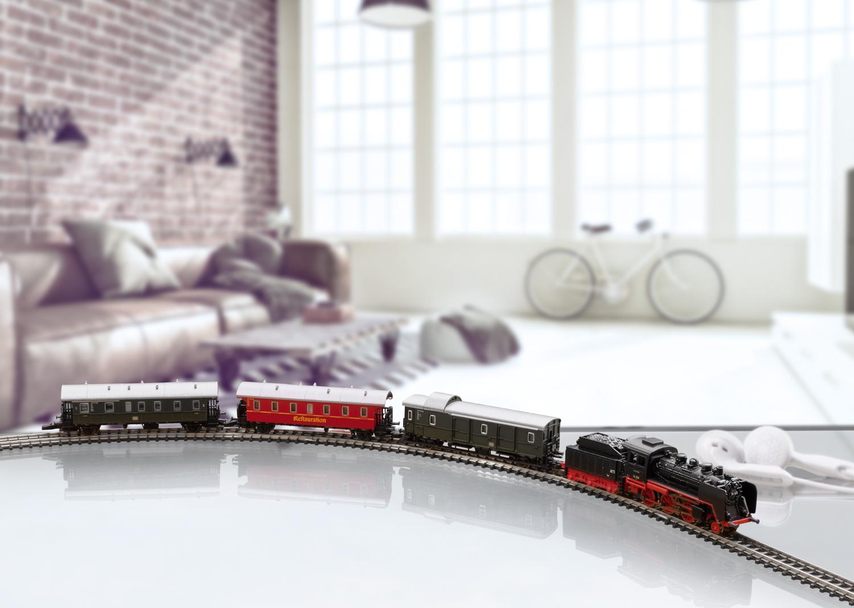 """Startpackung """"Museums-Personenzug"""" mit Dampflok BR 24."""