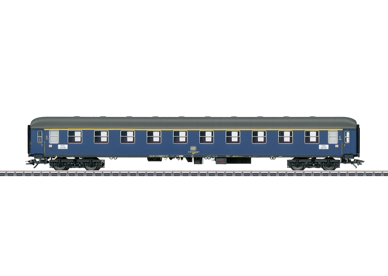 Type Aüm 203 Express Train Passenger Car