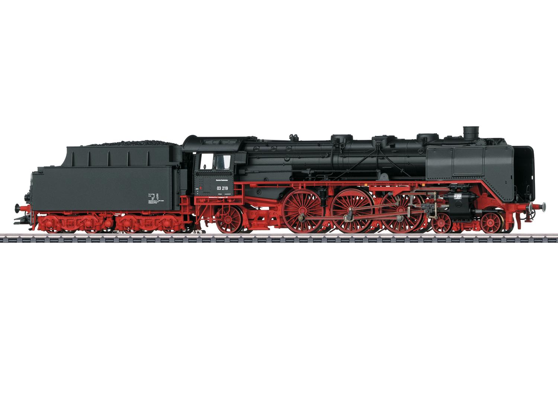 Class 03 Passenger Steam Locomotive with a Tender