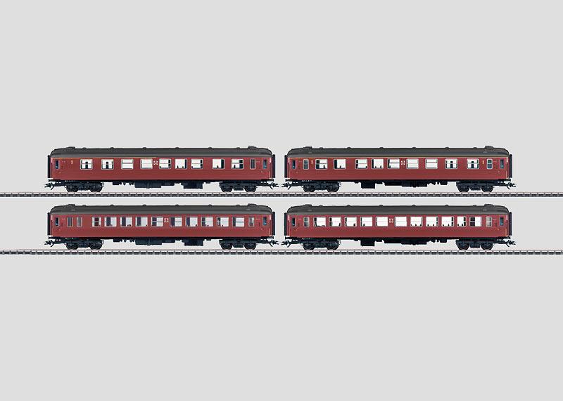 Reisezugwagen-Set.