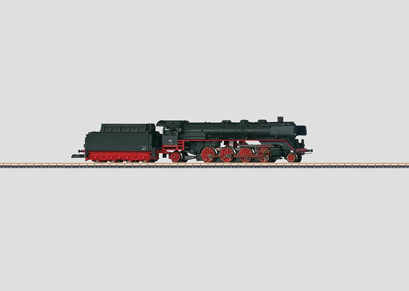Schnelle Güterzuglokomotive mit Schlepptender.