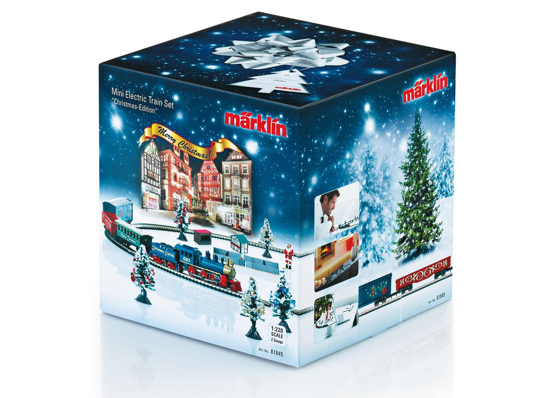Weihnachts-Startpackung. Güterzug mit Gleisoval.