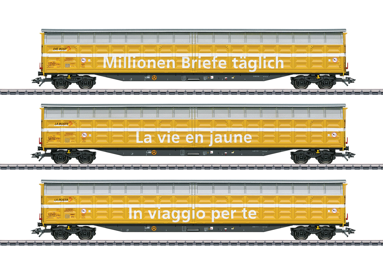 Type Habbiillnss High-Capacity Sliding Wall Boxcar Set.