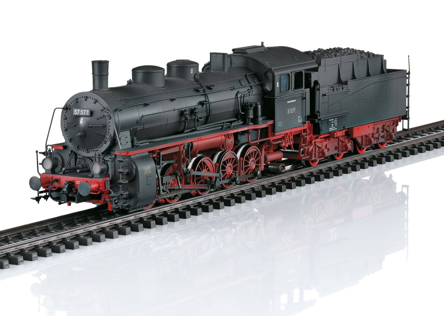 Class 57.5 Steam Freight Locomotive with a Tender