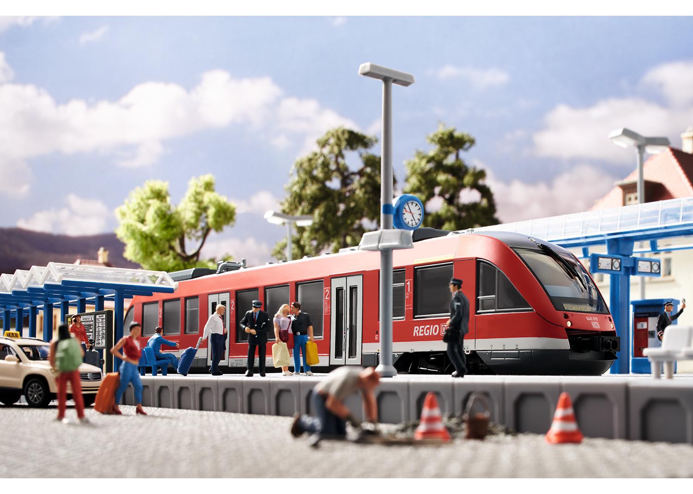"""""""Modern Commuter Service"""" Starter Set"""