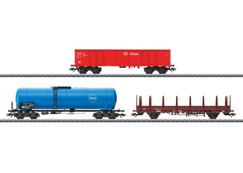 """""""Modern Freight Service"""" Car Set"""