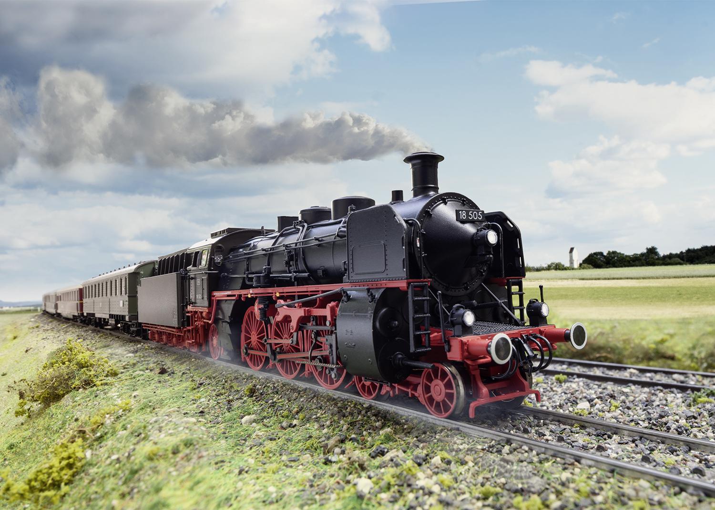 Express Train Steam Locomotive, Road Number 18 505 | Märklin