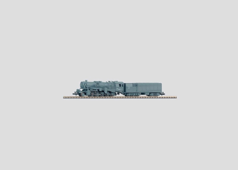 Freight Locomotive with a Condensation Tender.